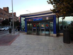 Madrid - Mit der U-Bahn zum Flughafen