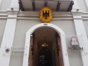 Cuenca - Meine Unterkunft & Honorarkonsulat der Bundesrepublik Deutschland in einem Gebäude