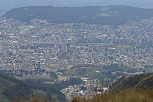 Quito - Cruz Loma, Ausblick auf Quito