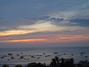 Tamarindo - Sonnenuntergang auf dem Balkon
